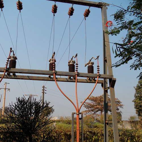 Trabajos de electrificación en media tensión