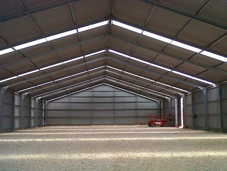 Construcción escuela de formación, estaciones de desarrollo y almacenes agrarios