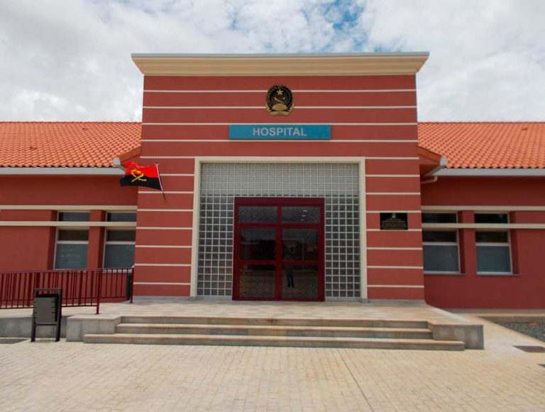 Mejora, reforma y ampliación del Hospital Provincial de Moxico.